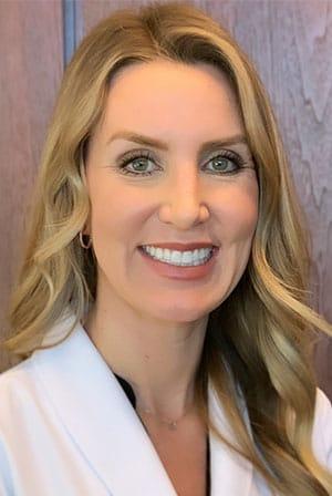 En-bloc breast implant removal